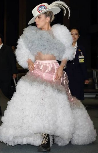 dresses-of-lady-gaga