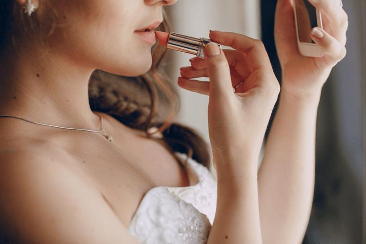 Best Long Lasting Lipstick For Wedding Day